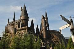 Поклонники саги о Гарри Поттере смогут поужинать в Хогвартсе