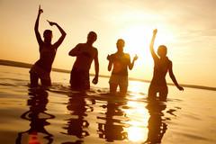 Майские каникулы на Кипре: праздники, фестивали и звезды!