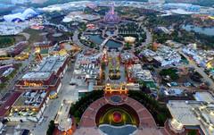 Новый Диснейленд открылся в Китае