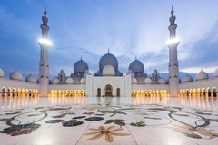 Непревзойденная архитектура - Мечеть шейха Зайда в Абу-Даби!