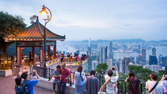 А Вы знали, что в Гонконге есть удивительное место, откуда открывается вид на мегаполис с высоты птичьего полета.