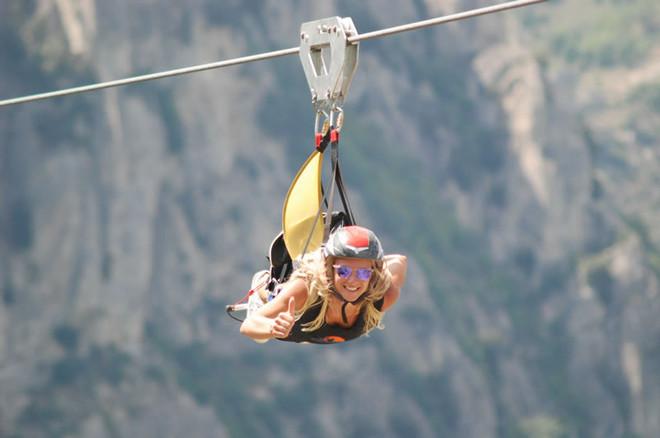 Захватывающий полёт между гор в Луканских Доломитах!